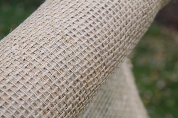 The smell of burlap takes me back to my childhood-- it smells exactly like baling twine!